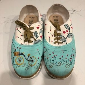 Shoes - Slip On Shoes